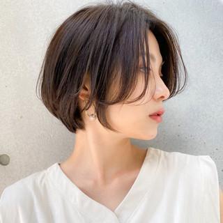 透明感カラー ハンサムショート 色気 大人かわいい ヘアスタイルや髪型の写真・画像