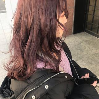 鎖骨ミディアム セミロング ふわふわヘアアレンジ ナチュラル ヘアスタイルや髪型の写真・画像