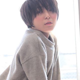 ストレート ガーリー 暗髪 ショート ヘアスタイルや髪型の写真・画像