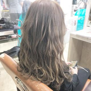 ミディアムレイヤー ショートボブ ミディアム ナチュラル ヘアスタイルや髪型の写真・画像