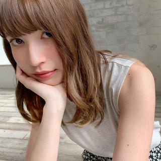ナチュラル 透明感カラー パーマ 小顔ヘア ヘアスタイルや髪型の写真・画像
