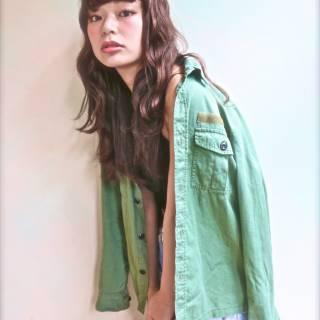 ガーリー ストリート セミロング ストレート ヘアスタイルや髪型の写真・画像