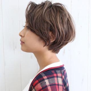 ショート サイドアップ 大人女子 小顔 ヘアスタイルや髪型の写真・画像 ヘアスタイルや髪型の写真・画像
