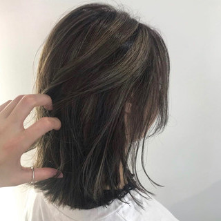 3Dハイライト ベージュ 外ハネボブ ナチュラル ヘアスタイルや髪型の写真・画像