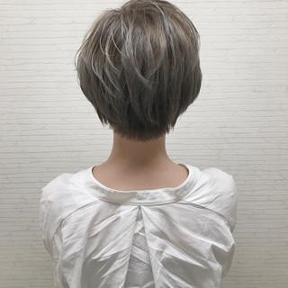 ボブ オフィス ナチュラル ショートボブ ヘアスタイルや髪型の写真・画像
