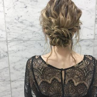 結婚式 ナチュラル ハイライト ミディアム ヘアスタイルや髪型の写真・画像 ヘアスタイルや髪型の写真・画像