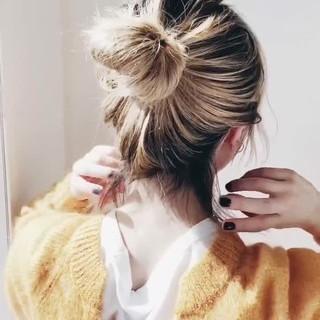 ガーリー アウトドア 簡単ヘアアレンジ ゆるふわ ヘアスタイルや髪型の写真・画像