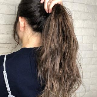 グラデーションカラー 簡単ヘアアレンジ ロング ナチュラル ヘアスタイルや髪型の写真・画像