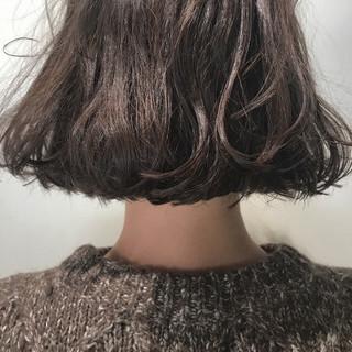 くせ毛風 ボブ ブラウンベージュ ナチュラル ヘアスタイルや髪型の写真・画像