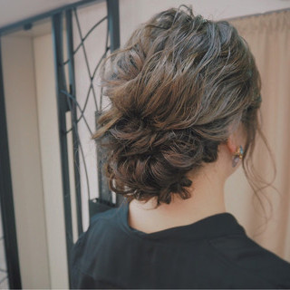 編み込み 波ウェーブ 外国人風 ヘアアレンジ ヘアスタイルや髪型の写真・画像
