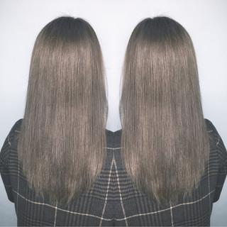 ロング コンサバ アッシュ ブルージュ ヘアスタイルや髪型の写真・画像