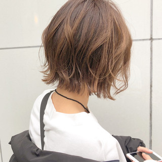 切りっぱなし 簡単ヘアアレンジ ボブ デート ヘアスタイルや髪型の写真・画像