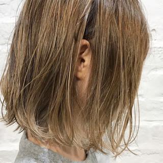 透明感 ハイライト ガーリー シアーベージュ ヘアスタイルや髪型の写真・画像