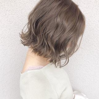 ボブ 大人かわいい 切りっぱなしボブ アンニュイほつれヘア ヘアスタイルや髪型の写真・画像