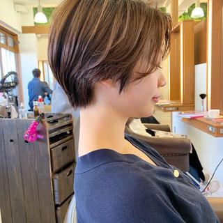 ハンサムショート ショートヘア 大人可愛い ショート ヘアスタイルや髪型の写真・画像 ヘアスタイルや髪型の写真・画像