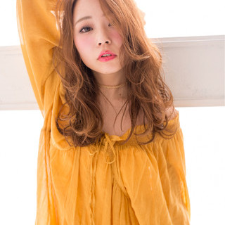 フェミニン 前髪あり パーマ ヘアアレンジ ヘアスタイルや髪型の写真・画像 ヘアスタイルや髪型の写真・画像