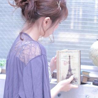 メッシーバン ゆるふわ ヘアアレンジ 簡単ヘアアレンジ ヘアスタイルや髪型の写真・画像