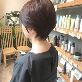 ショート ショートヘア 小顔ショート ブラウンベージュ ヘアスタイルや髪型の写真・画像