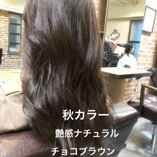 ブラウン セミロング ブラウンベージュ イルミナカラー ヘアスタイルや髪型の写真・画像