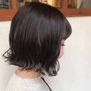 ボブ オリーブグレージュ 3Dハイライト オリーブベージュ ヘアスタイルや髪型の写真・画像