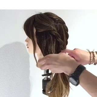 フェミニン ロング 簡単ヘアアレンジ メッシーバン ヘアスタイルや髪型の写真・画像