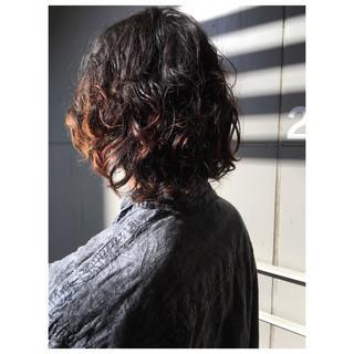 メンズスタイル メンズヘア 外国人風パーマ スパイラルパーマ ヘアスタイルや髪型の写真・画像