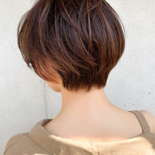 ふんわり前髪 極細ハイライト ナチュラル 前髪 ヘアスタイルや髪型の写真・画像