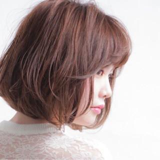 アッシュ フェミニン ボブ 秋 ヘアスタイルや髪型の写真・画像