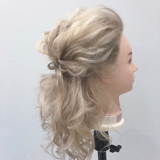 結婚式 セミロング 簡単ヘアアレンジ ブライダル ヘアスタイルや髪型の写真・画像