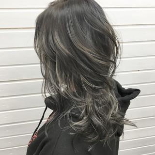 ストリート ホワイトハイライト ハイライト ミディアム ヘアスタイルや髪型の写真・画像