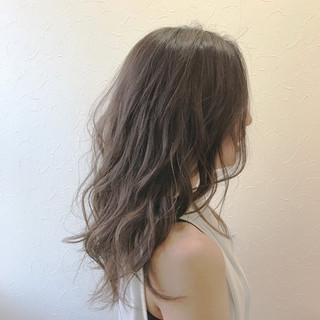 ガーリー アンニュイ ウェーブ 梅雨 ヘアスタイルや髪型の写真・画像 ヘアスタイルや髪型の写真・画像