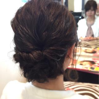 ヘアアレンジ アッシュグレー ロープ編み フェミニン ヘアスタイルや髪型の写真・画像