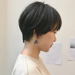 ナチュラル ショートボブ ハンサムショート 黒髪 ヘアスタイルや髪型の写真・画像