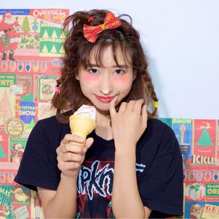 丸顔 ショート ガーリー ヘアアレンジ ヘアスタイルや髪型の写真・画像