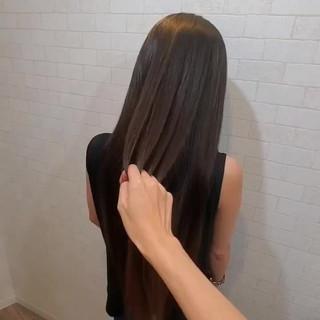 ロング 黒髪 ナチュラル 艶髪 ヘアスタイルや髪型の写真・画像