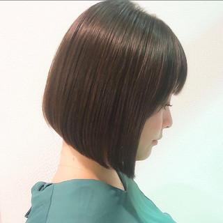 ミニボブ 髪質改善 グレージュ 大人かわいい ヘアスタイルや髪型の写真・画像