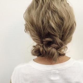 セミロング ルーズ ゆるふわ ショート ヘアスタイルや髪型の写真・画像