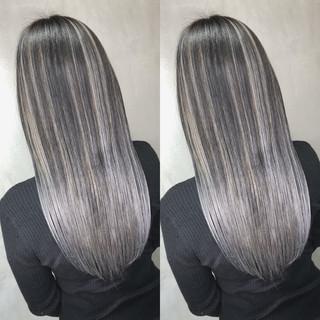 バレイヤージュ ナチュラル ロング グラデーションカラー ヘアスタイルや髪型の写真・画像