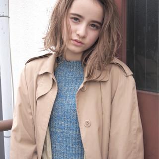 大人女子 ボブ 小顔 外国人風 ヘアスタイルや髪型の写真・画像