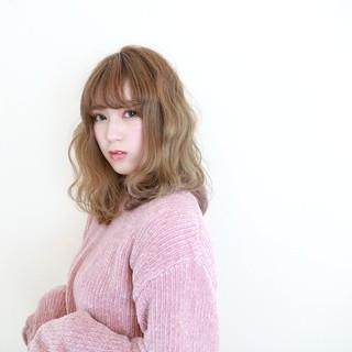 アンニュイ セミロング 波ウェーブ ガーリー ヘアスタイルや髪型の写真・画像
