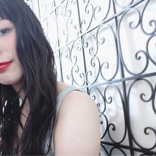 パーマ 外国人風 ウェーブ アンニュイ ヘアスタイルや髪型の写真・画像