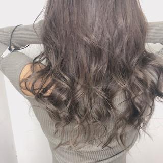 インナーカラー ロング 外国人風カラー ダブルカラー ヘアスタイルや髪型の写真・画像