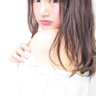 ミディアム ゆるふわ 大人かわいい アッシュ ヘアスタイルや髪型の写真・画像