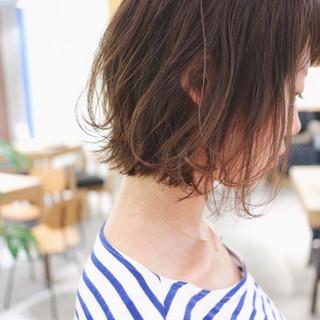グラデーションカラー ニュアンスパーマ ナチュラル パーマ ヘアスタイルや髪型の写真・画像
