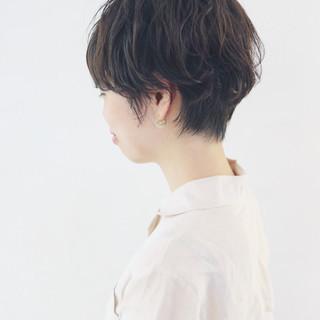 マニッシュ ナチュラル ショートボブ 簡単 ヘアスタイルや髪型の写真・画像 ヘアスタイルや髪型の写真・画像