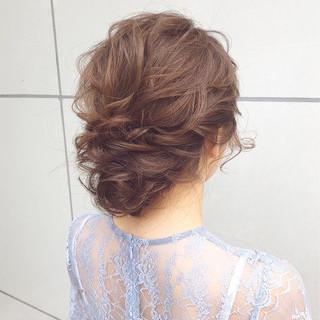 アンニュイほつれヘア デート ナチュラル ヘアアレンジ ヘアスタイルや髪型の写真・画像 ヘアスタイルや髪型の写真・画像