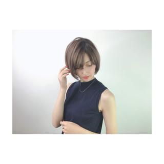 ナチュラル ショート デート デザインカラー ヘアスタイルや髪型の写真・画像