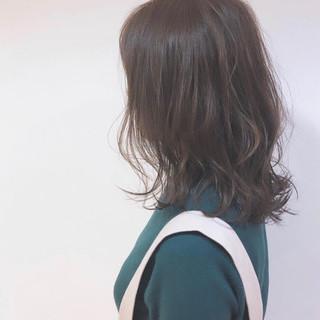 セミロング ゆるふわセット ママ ゆるウェーブ ヘアスタイルや髪型の写真・画像 ヘアスタイルや髪型の写真・画像