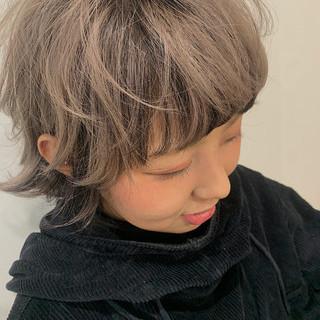 ローライト ショートヘア ミルクティーグレージュ ショート ヘアスタイルや髪型の写真・画像