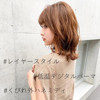 フェミニン デジタルパーマ 外はね モテ髪 ヘアスタイルや髪型の写真・画像